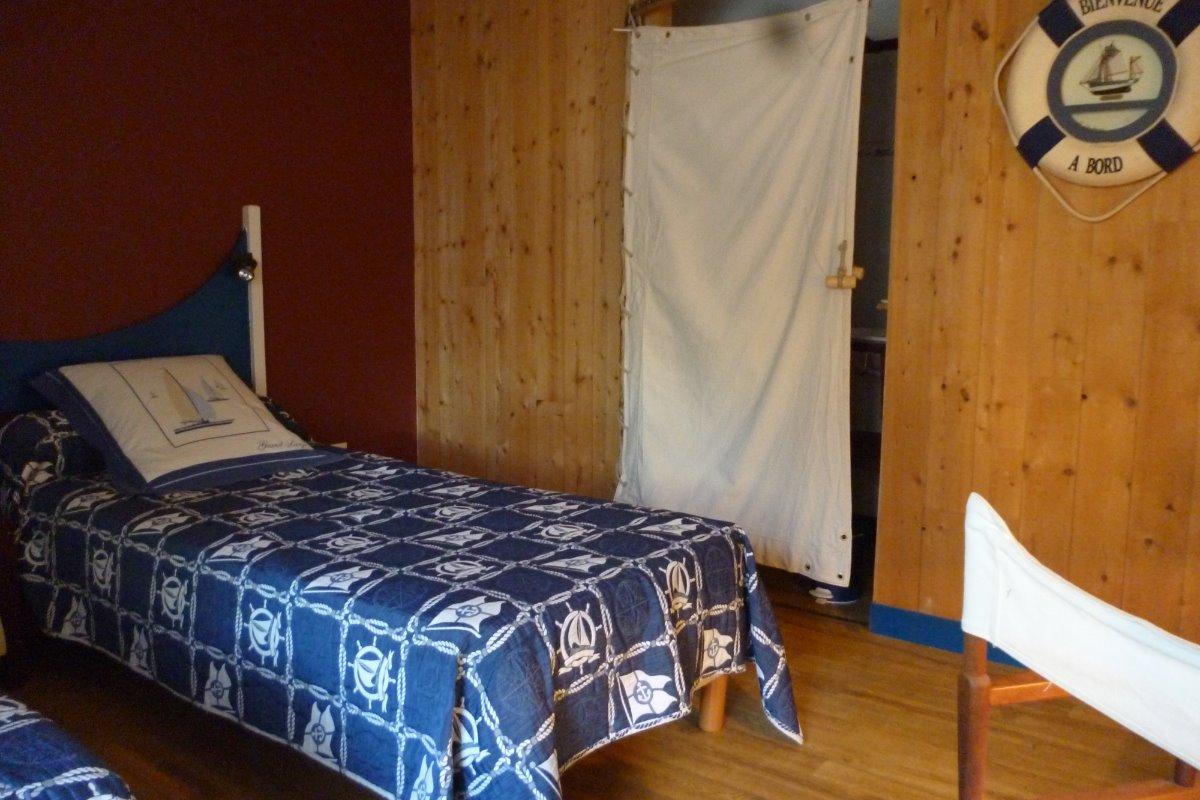 chambre la Recouvrance 2 lits de 90 x200 - Chambre d'hôtes - Hanvec