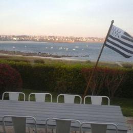 Salon de jardin avec pleine vue mer - Location de vacances - Audierne
