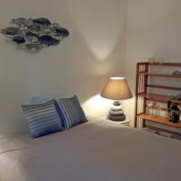 Chambre avec un lit de 140 - Location de vacances - Bénodet