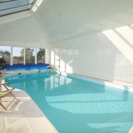 la villa Lara et sa piscine chauffée à 30 ° - Location de vacances - Sibiril