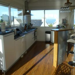 salon séjour avec vue mer de toute part - Location de vacances - Sibiril