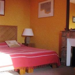 chambre Génois 2 personnes au manoir de Suguensou sur les bords du Goyen  Audierne - Chambre d'hôte - Audierne