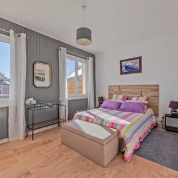 Salle de bains entièrement rénovée en 2018; grand bac à douche  - Location de vacances - Plouarzel