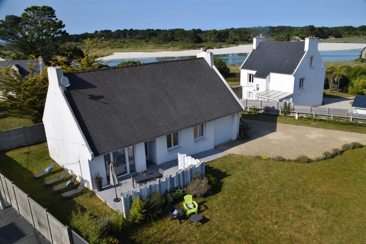 la maison au mois de Juin - Location de vacances - Plougoulm