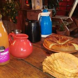 nouvel aménagement : chambre myosotis - Chambre d'hôtes - Lanvéoc