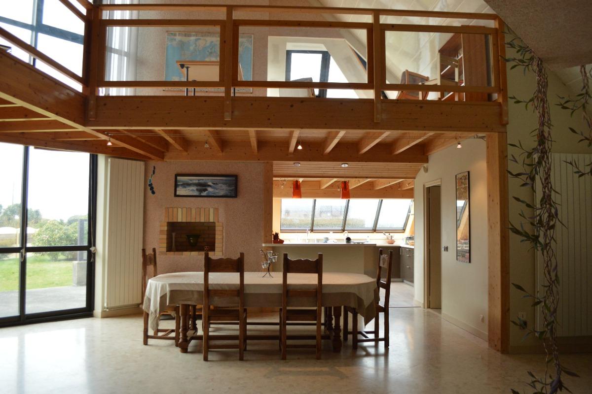 salon séjour cuisine très spacieux et lumineux - Location de vacances - Roscoff