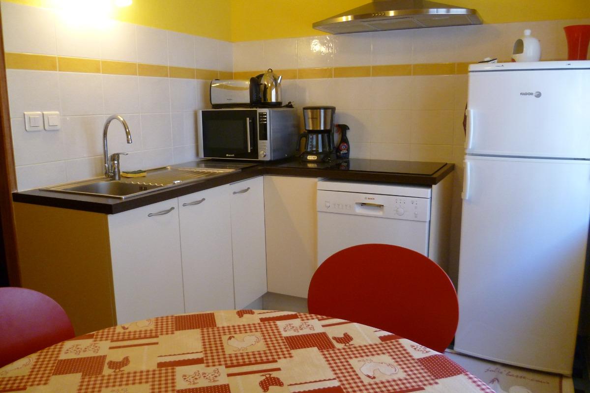 cuisine aménagée et équipée - Location de vacances - Audierne