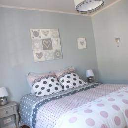 chambre avec lit 140 - Location de vacances - Roscoff
