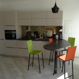 Coin cuisine et repas - Location de vacances - Bénodet