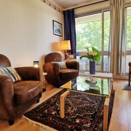 salon séjour avec balcon - Location de vacances - Bénodet