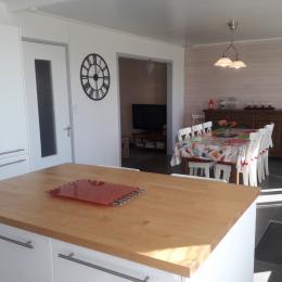 chambre 3 avec lit 140 et placard penderie - Location de vacances - Plomodiern