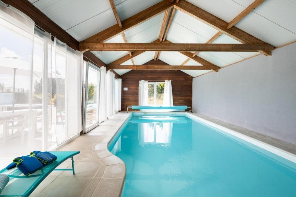 spa extérieur, hamac et transats - Location de vacances - Cléder
