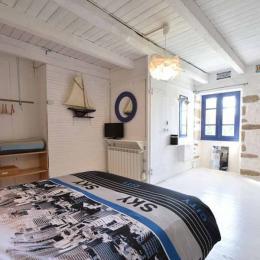 Chambre avec un lit 140 - Location de vacances - Cléden-Cap-Sizun