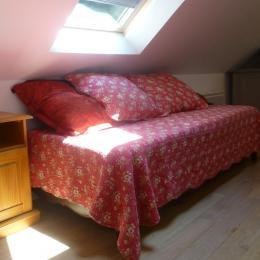 couchage 1 place dans le canapé du salon - Location de vacances - Melgven