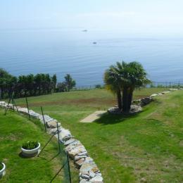 vue à 180 ° sur l'océan du jardin de l'appartement - Location de vacances - Roscanvel