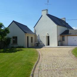 Jardin clos de 500 m² à l'arrière de la maison - Location de vacances - Guilvinec