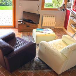 salon séjour avec accès terrasse - Location de vacances - Logonna-Daoulas
