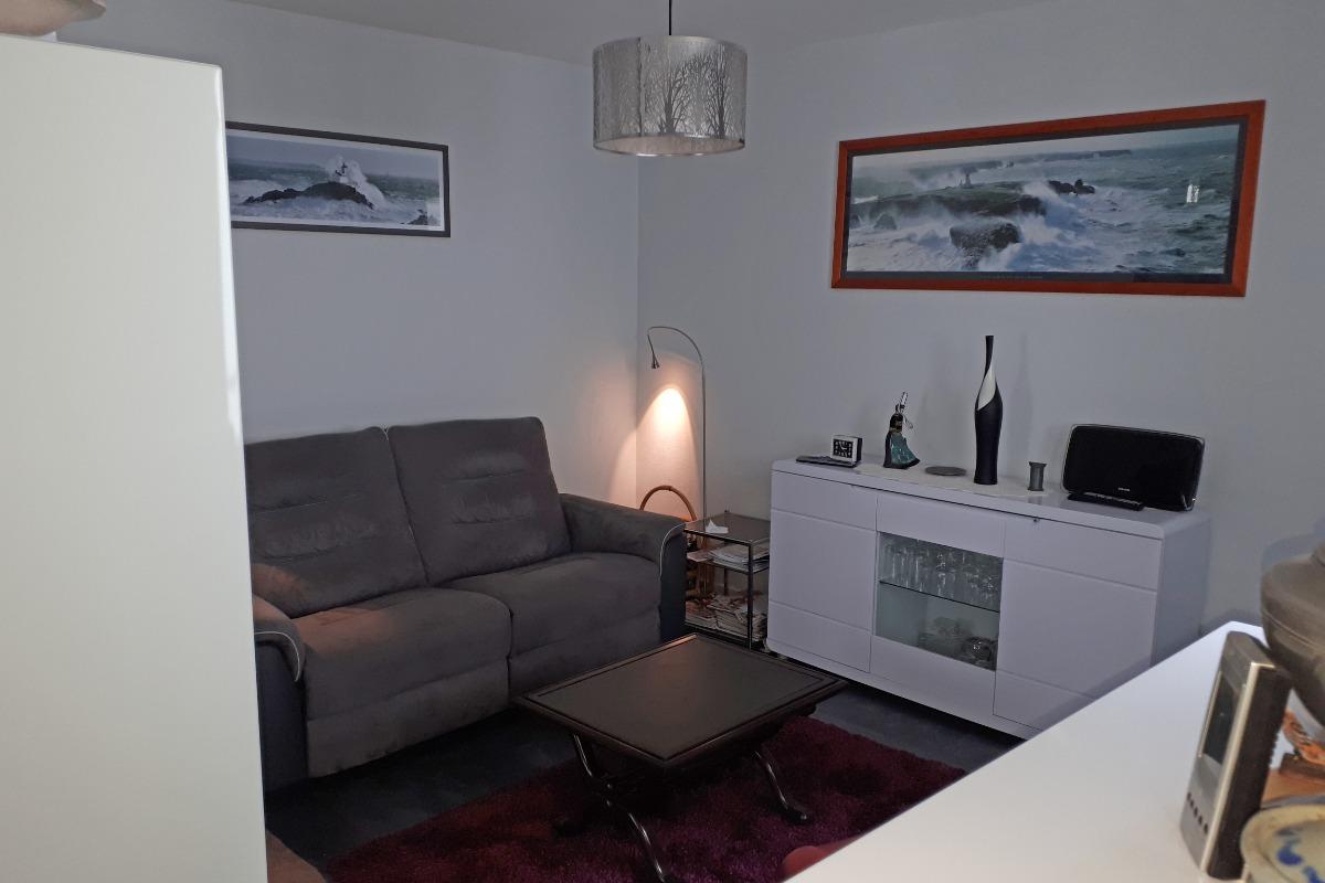 Salon avec TV - Location de vacances - Audierne