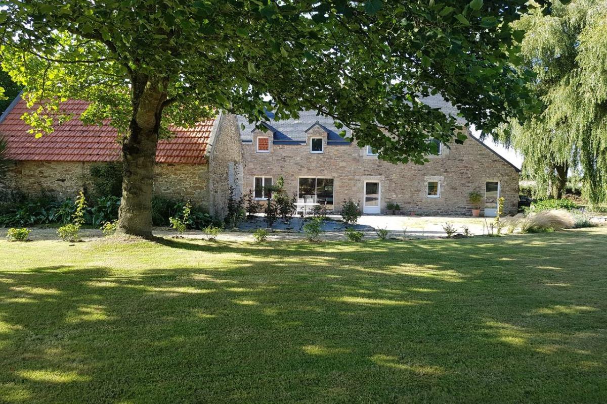 cuisine équipée et aménagée - Location de vacances - Plounévez-Lochrist