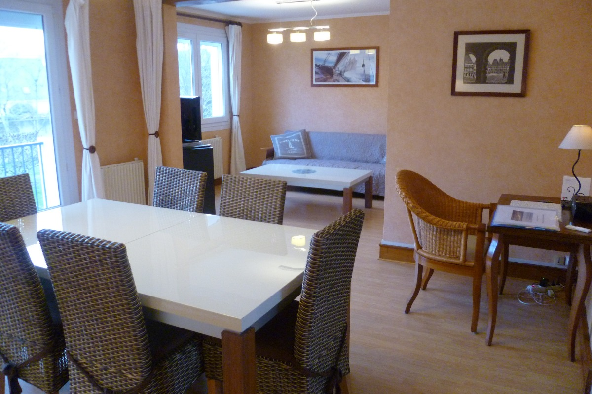 salon séjour exposé sud - Location de vacances - Concarneau