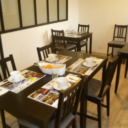 espace petit déjeuner - Chambre d'hôtes - Ploudalmézeau