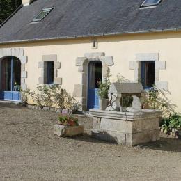 maison avec accès jardin et terrasse à l'arrière - Location de vacances - Douarnenez