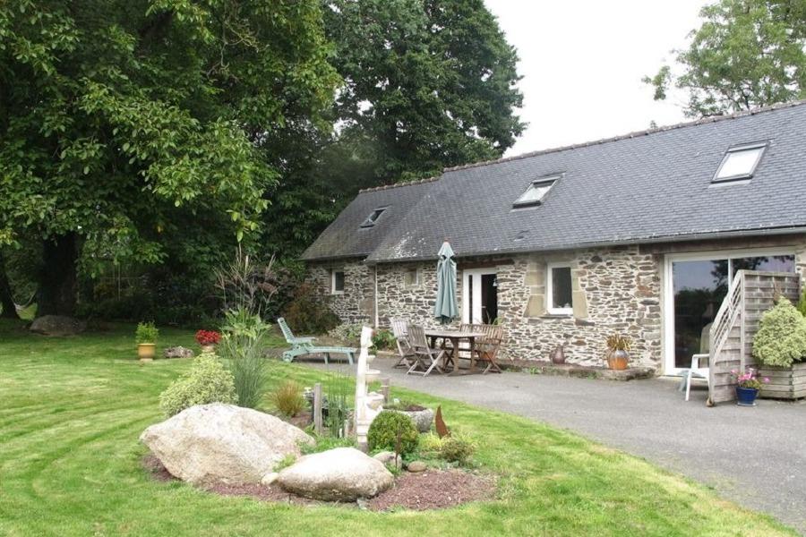 maison rénovée avec des matériaux écologiques - Location de vacances - Kergloff