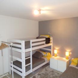 chambre 2: avec lit superposé et 1 lit simple - Location de vacances - Roscoff