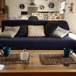 séjour et coin cuisine - Location de vacances - Treffiagat