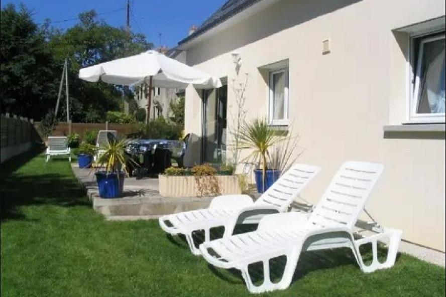Maison exposée sud avec terrasse et grand jardin - Location de vacances - Moëlan-sur-Mer