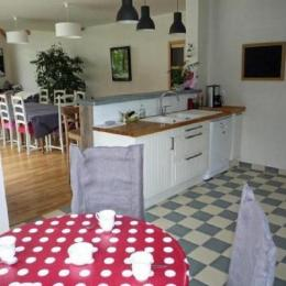 coin cuisine - Location de vacances - Plouégat-Guérand