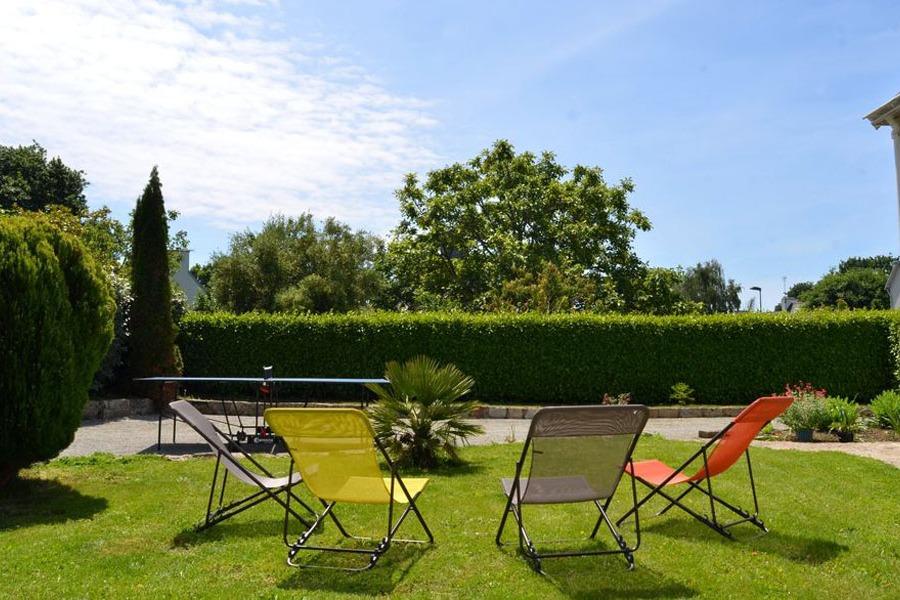 vue jardin + mobilier de jardin - Location de vacances - Fouesnant