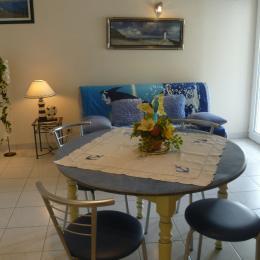 Salon séjour avec lit 140 - Location de vacances - Plougonvelin
