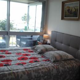 Chambre avec 1 lit 140 et 1 lit 90 - Location de vacances - Bénodet