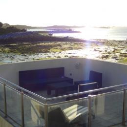 Salon de jardin sur balcon avec vue mer - Location de vacances - Plouguerneau
