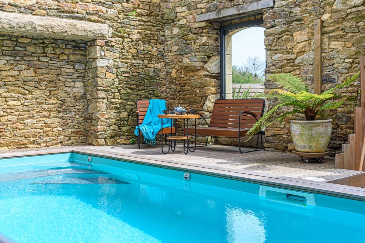 Profitez de cette grande terrasse exposée au Sud pour vous reposer - Location de vacances - Moëlan-sur-Mer