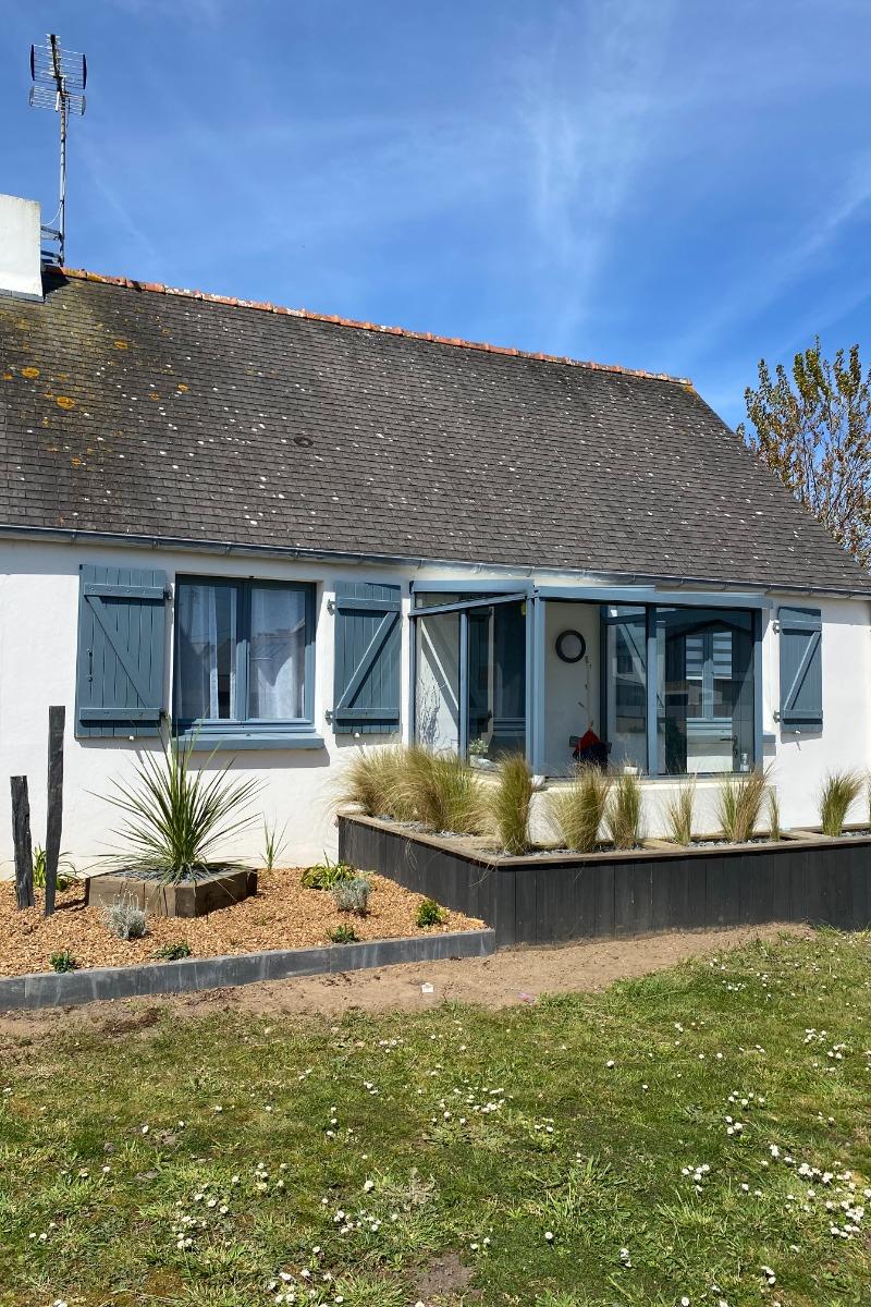 Maison Carn et le jardin, côté entrée - Location de vacances - Ploudalmézeau