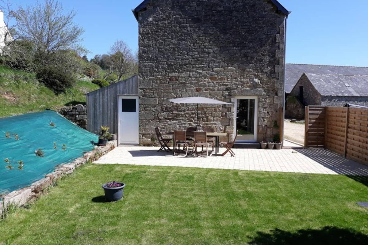 coin repas pour 8 personnes avec accès sur la cuisine - Location de vacances - Plogonnec