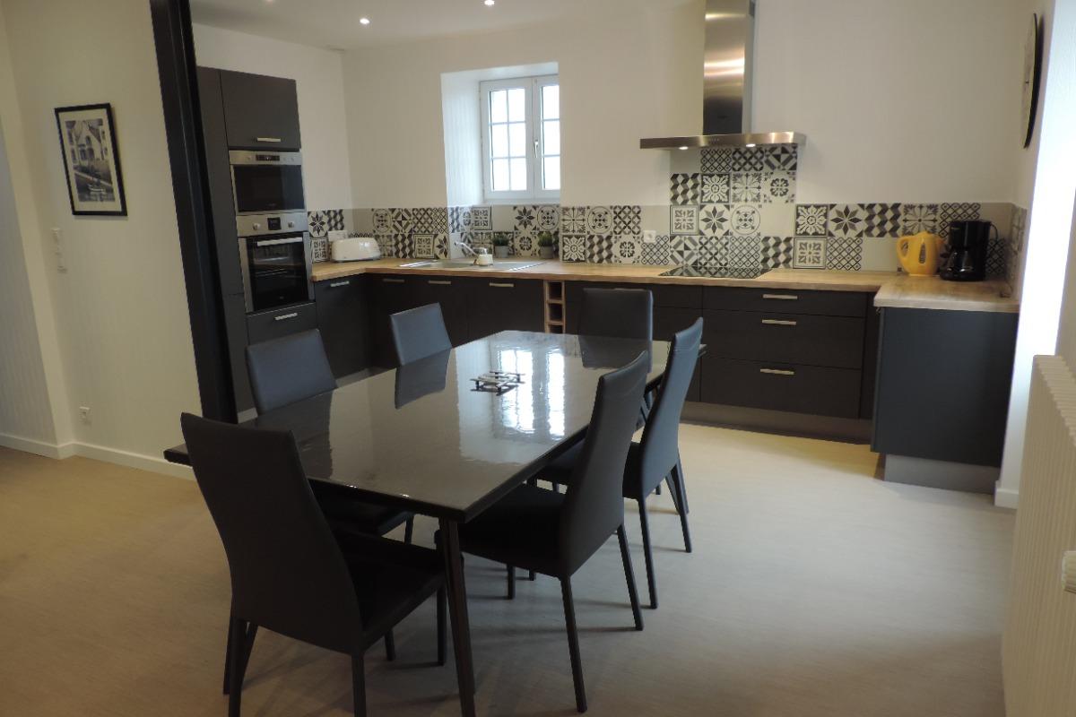 La cuisine / salle à manger  - Location de vacances - Plouhinec