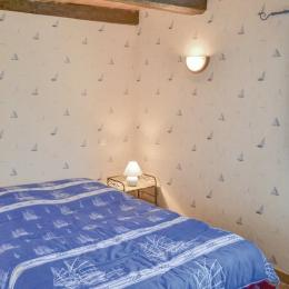 Chambre avec 1 lit 140cm au RDC - Location de vacances - Plozévet