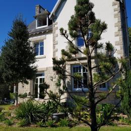 LA MAISON PAR UNE BELLE JOURNÉE DE SEPTEMBRE - Chambre d'hôtes - Combrit