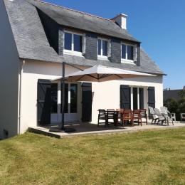 Belle maison traditionnelle rénovée à deux pas des sentiers côtiers et de la plage  - Location de vacances - Camaret-sur-Mer