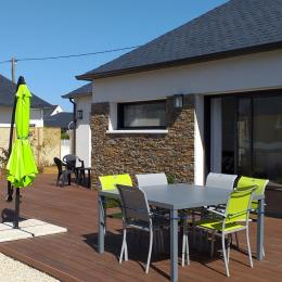 maison exposée Sud avec grande terrasse - Location de vacances - Guilvinec