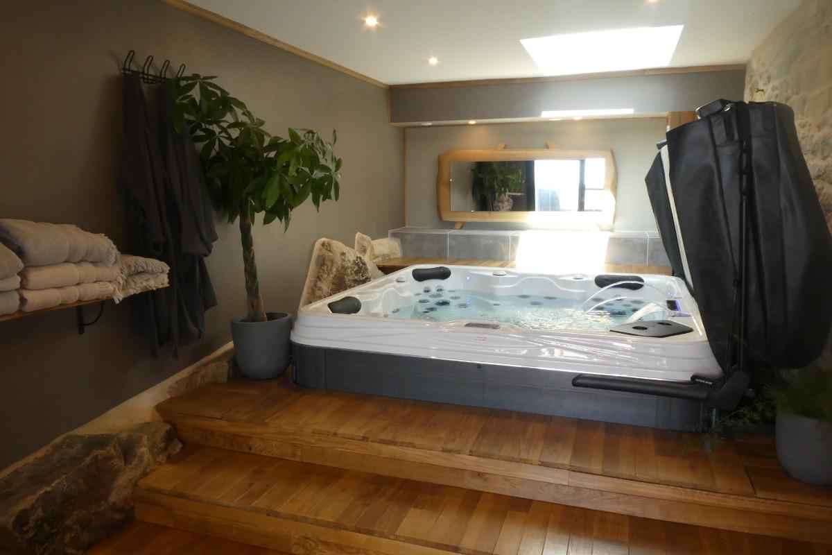 spa 4 places  - Location de vacances - Plozévet
