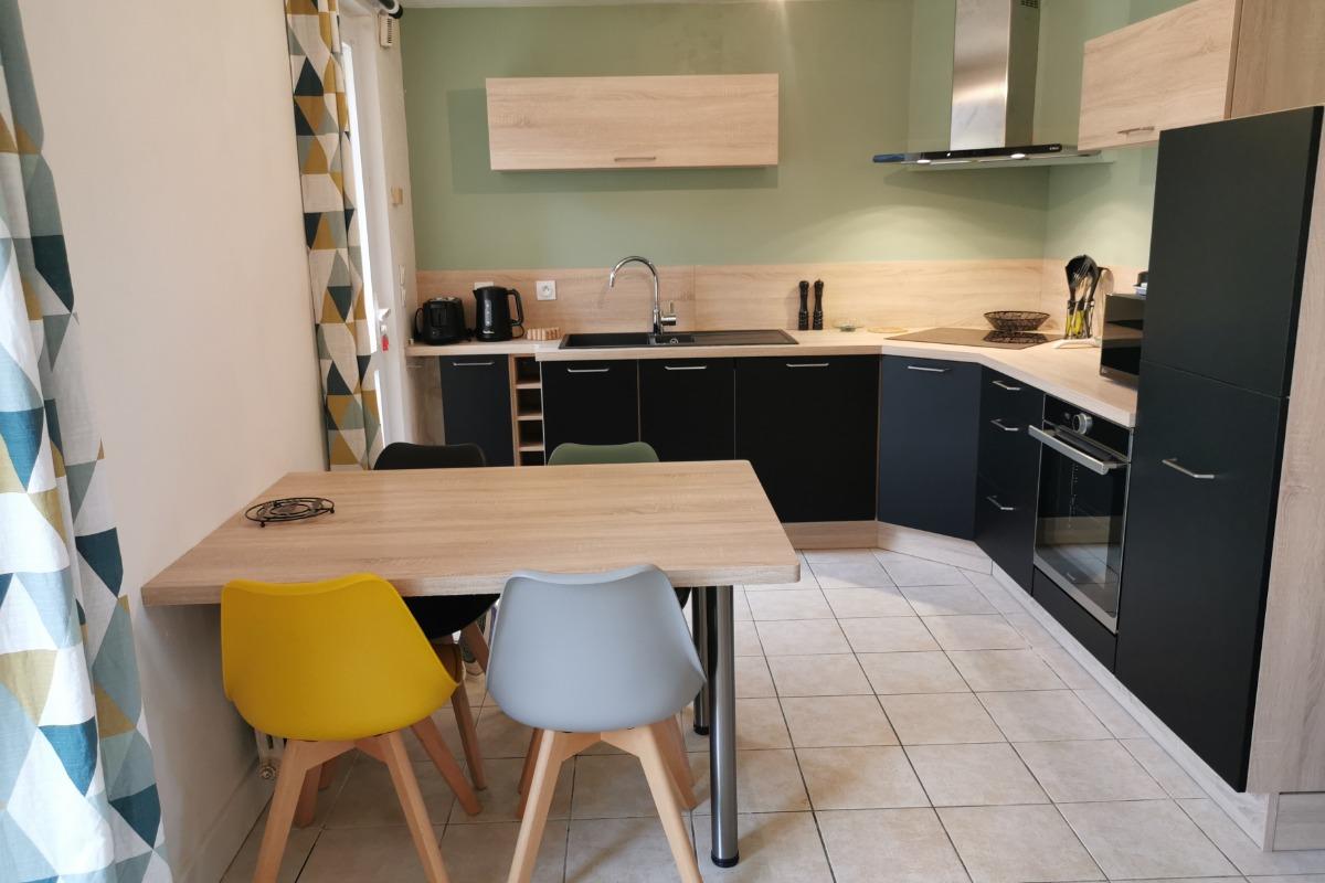 Salle à manger / cuisine équipée - Location de vacances - Telgruc-sur-Mer