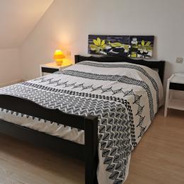 Chambre avec lit 140 - Location de vacances - Telgruc-sur-Mer