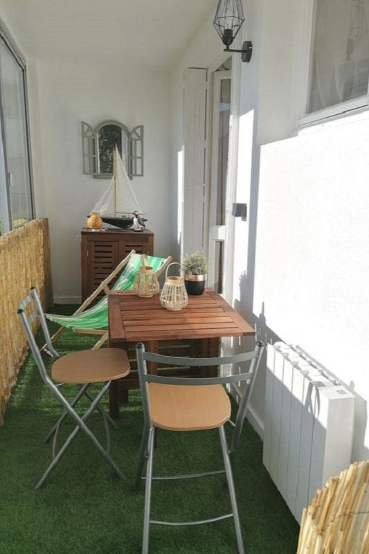 Loggia avec table à manger - Location de vacances - Roscoff