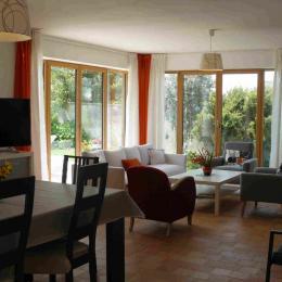 séjour-salon - Location de vacances - Landéda