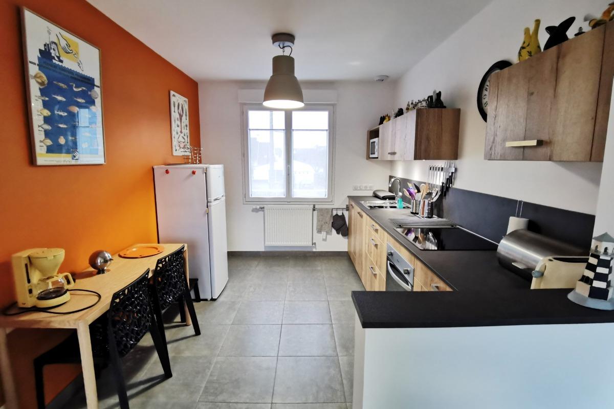 Espace cuisine toute équipée - Location de vacances - Plobannalec-Lesconil