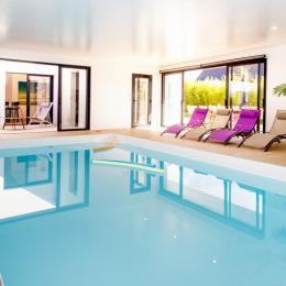 Extérieur de la villa avec terrasse - Location de vacances - Saint-Pol-de-Léon